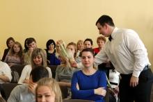 Проведения праздничной программы к Международному женскому Дню 8 марта